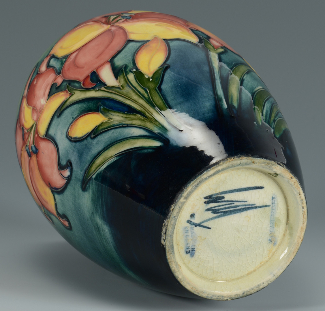 Lot 488: Moorcroft ceramic vase, signed