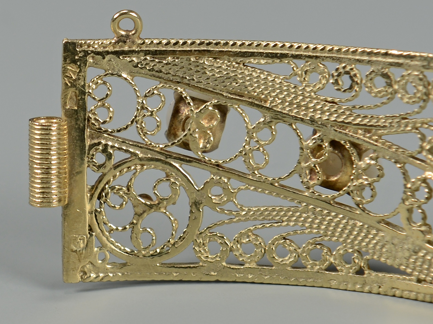 Lot 590: 14K Yellow Gold and Opal Bracelet