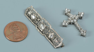 Lot 593: 2 Diamond Jewelry items