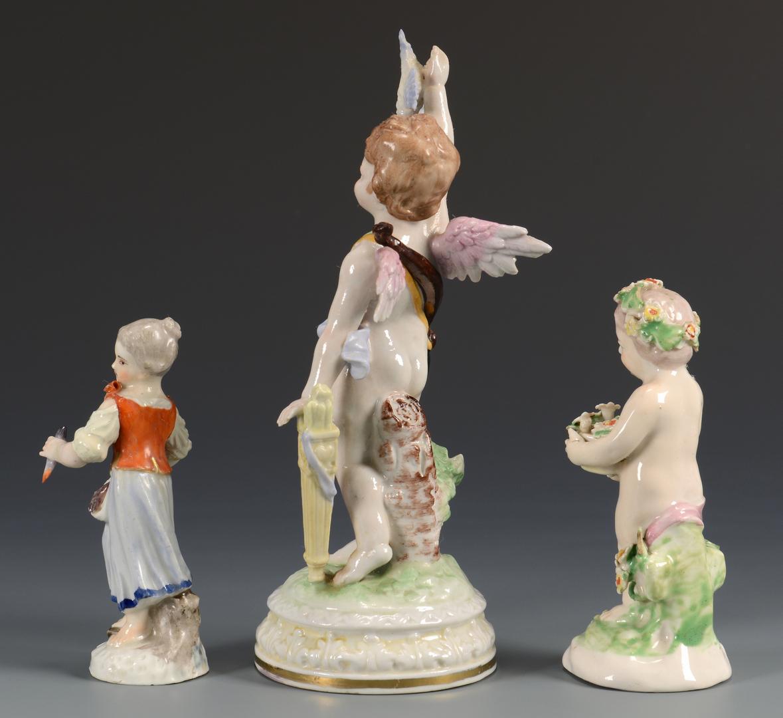 Lot 619: Group of German Porcelain, 9 pcs.