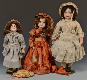 Lot 635: 3 German Dolls