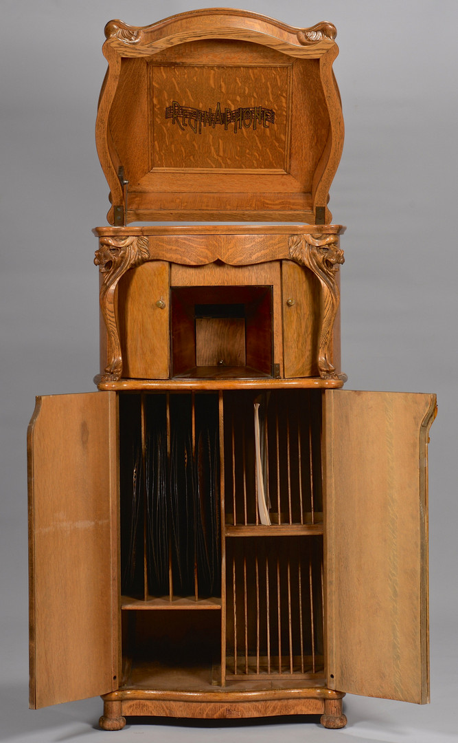 Lot 646: Reginaphone Lion's Head Music Box