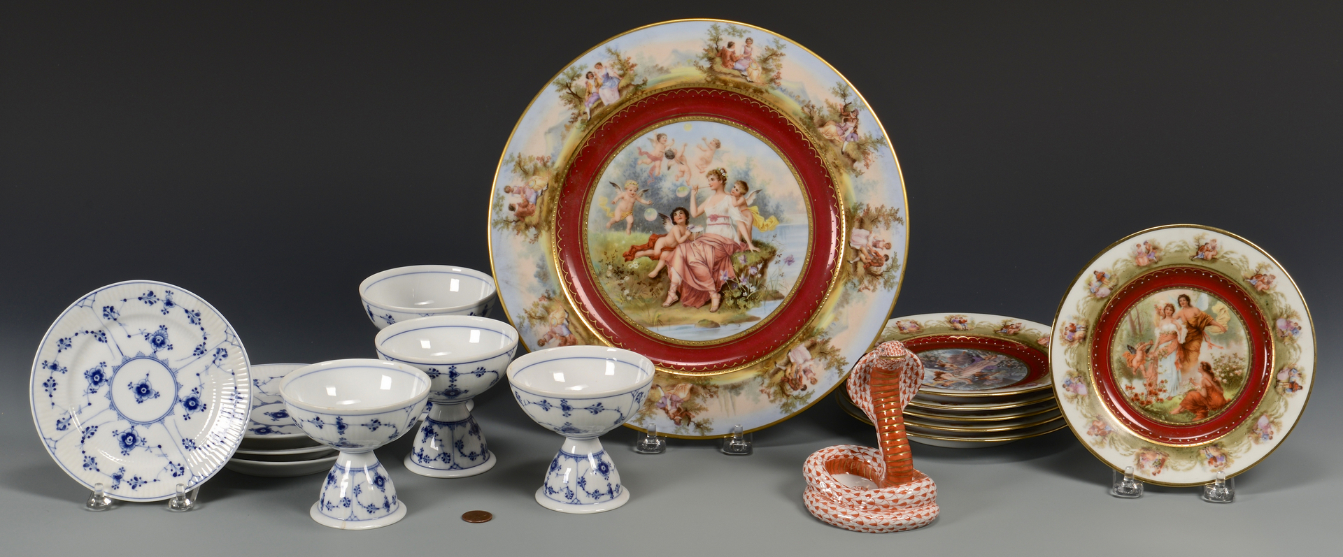 Lot 768: 16 pcs. porcelain inc. Royal Copenhagen sherbets