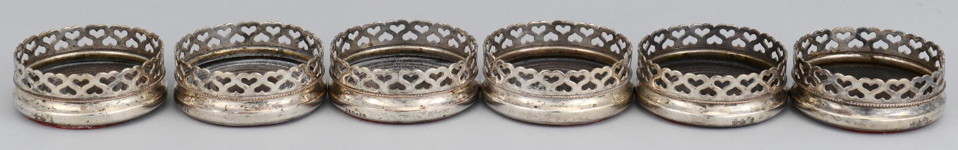 Lot 778: 22 decorative items inc. trays, silverplate