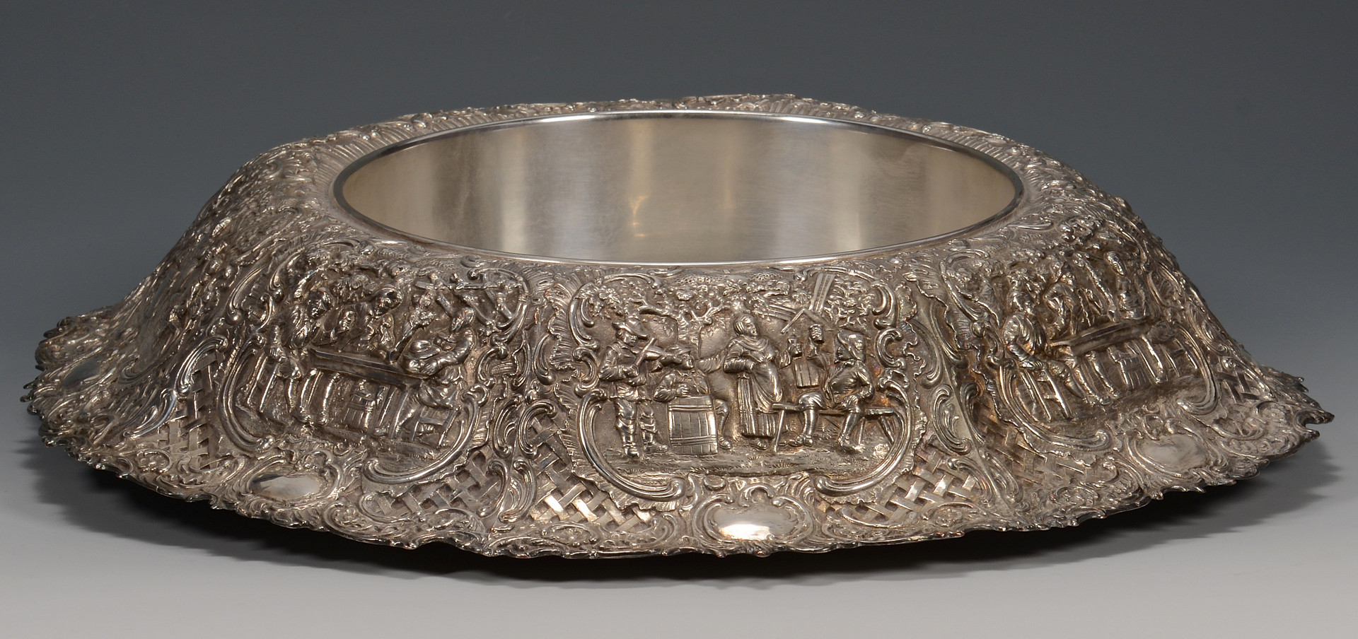 Lot 782: Silverplated centerpiece bowl