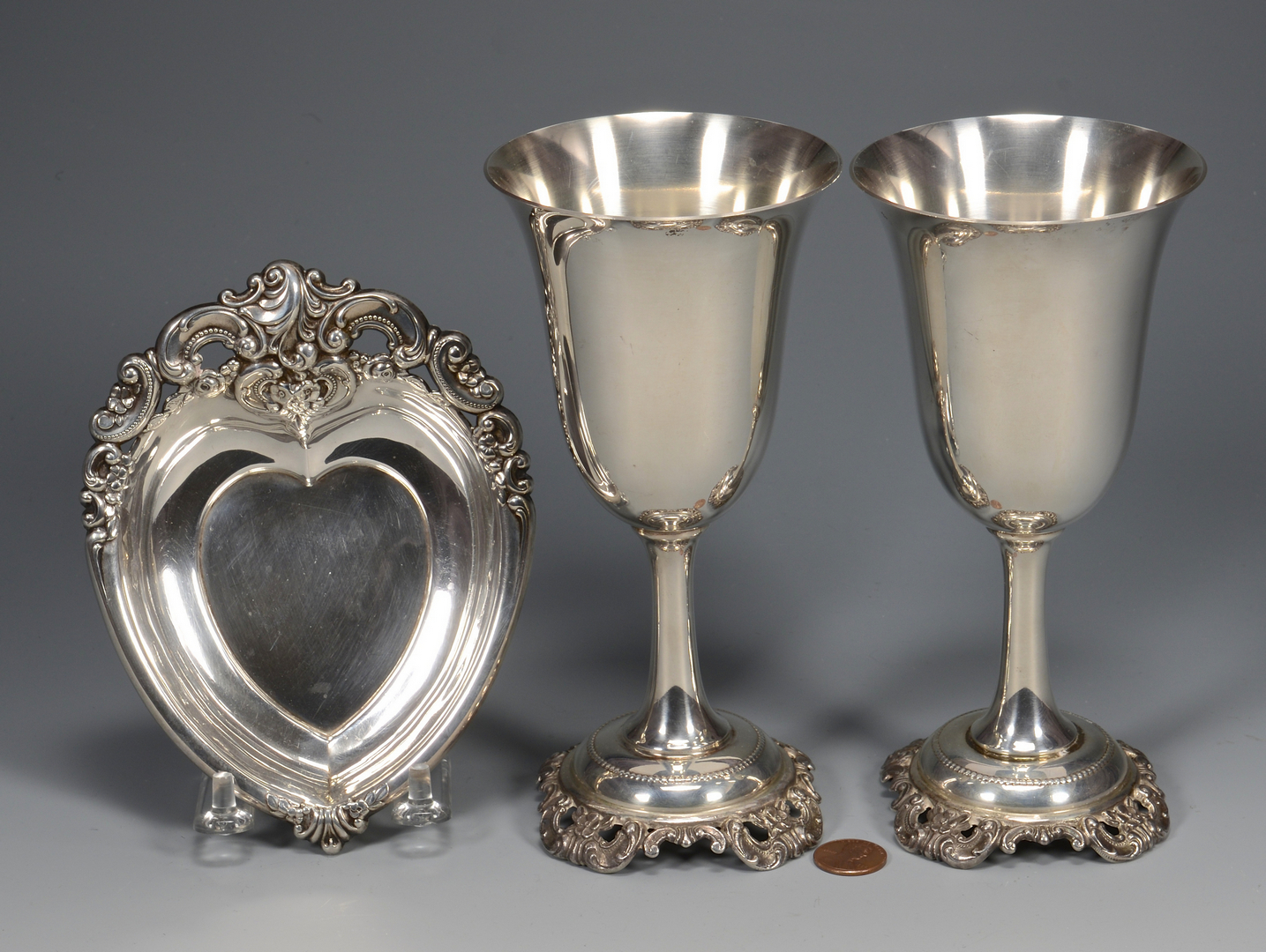 Lot 787: Pr. Sterling Grande Baroque goblets w/ heart dish