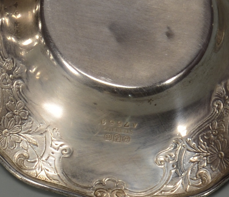 Lot 790: Misc. Sterling Items, 21 pcs. inc. butter pats