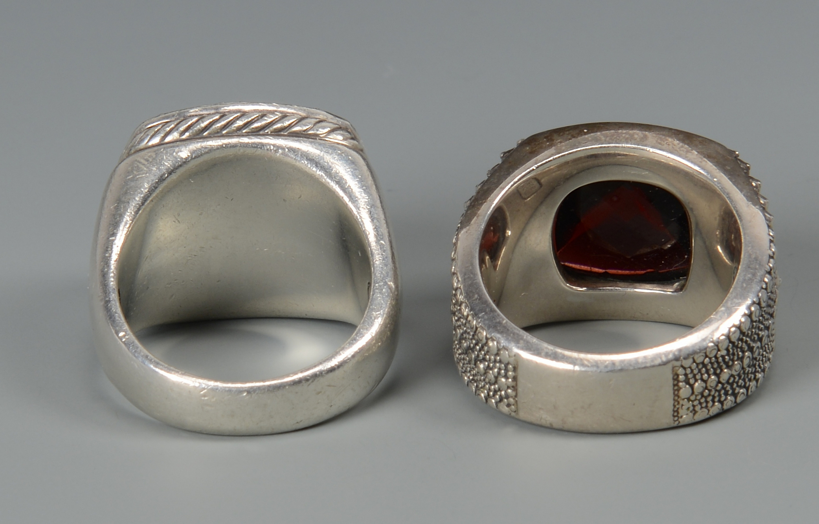 Lot 796: 2 David Yurman Men's rings