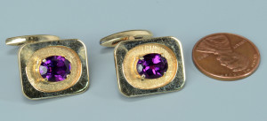 Lot 800: 14k amethyst cufflinks