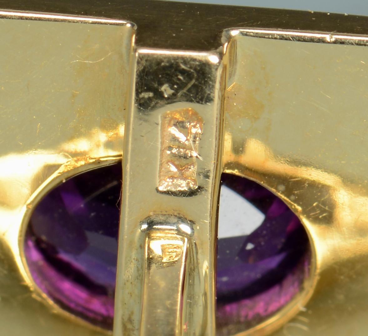 Lot 800: 14k amethyst cufflinks