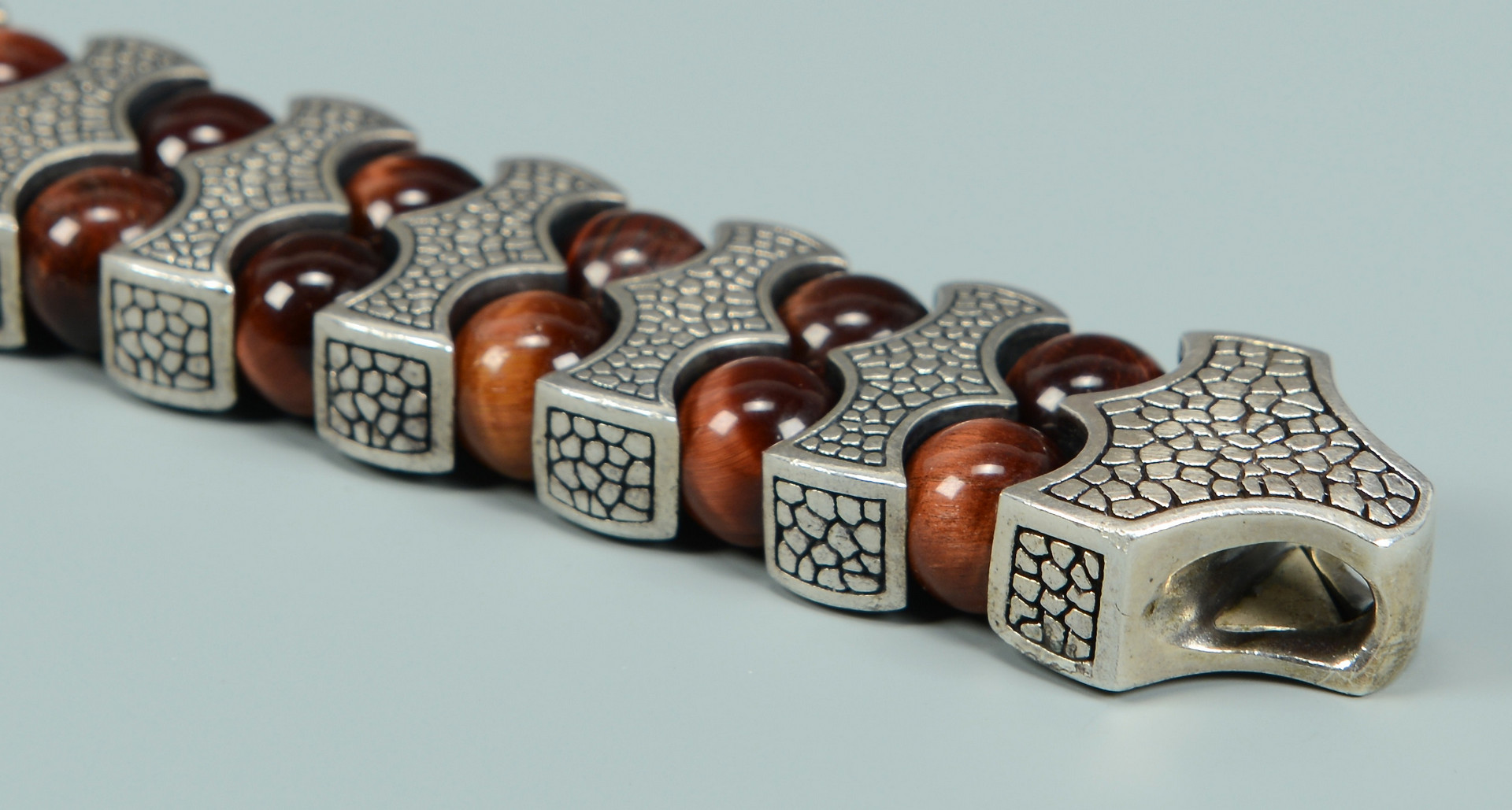 Lot 809: Stephen Webster Tiger's Eye Rayman Bracelet
