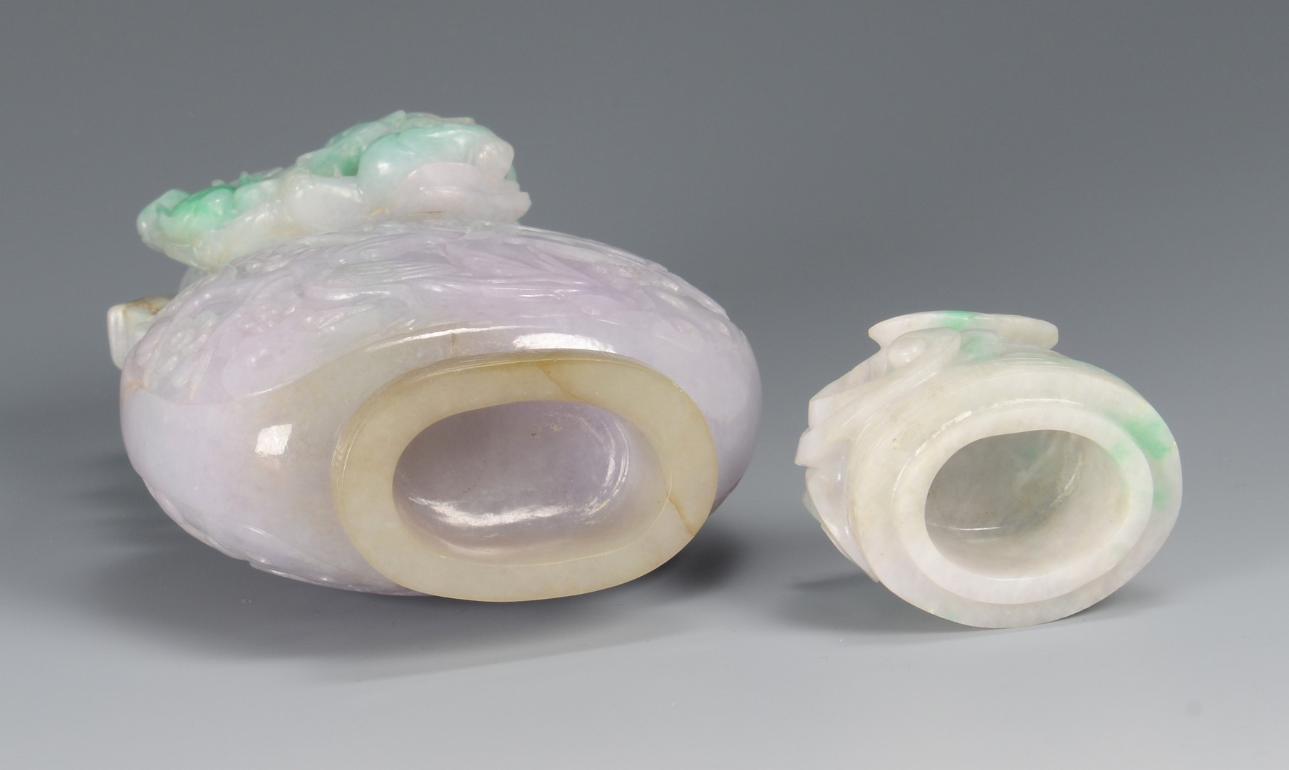 Lot 3594145: Jade Covered Vase