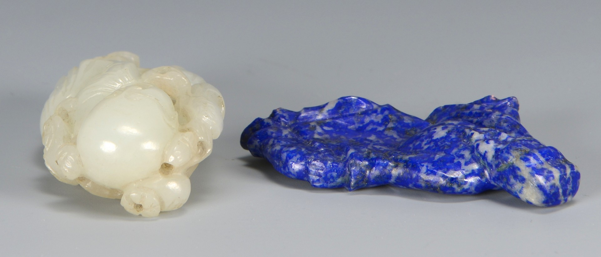 Lot 3594147: White Jade and Lapis Carved Figures