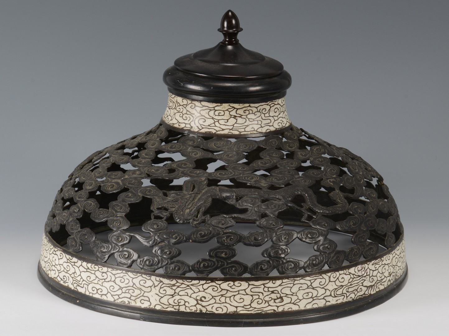 Lot 3594157: Japanese Cloisonne & Bronze Lamp