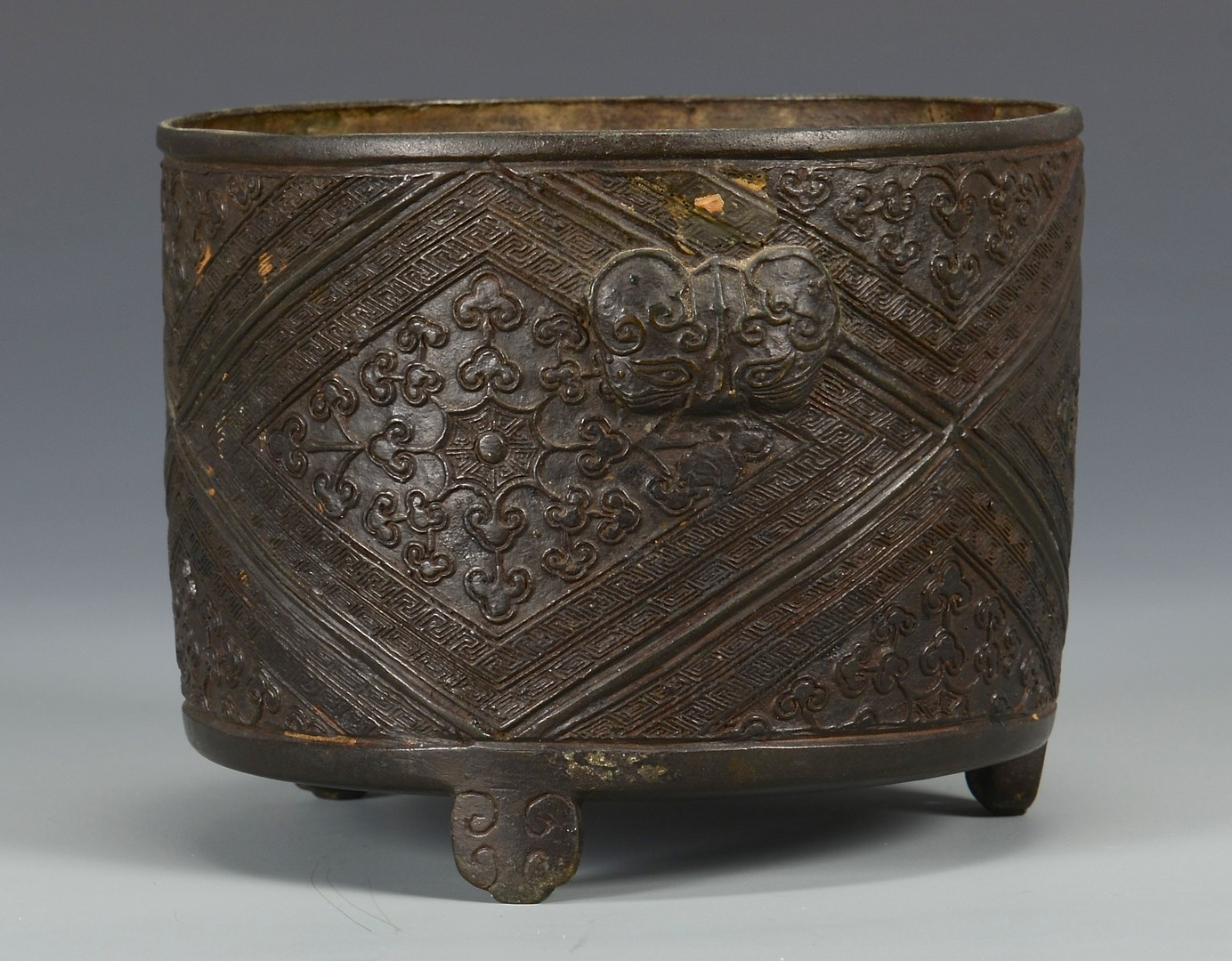 Lot 3594158: 19th c. Chinese Bronze Censer