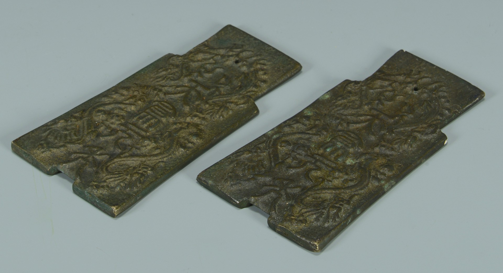 Lot 3594159: 3 Chinese Bronze Scholar's Table Items