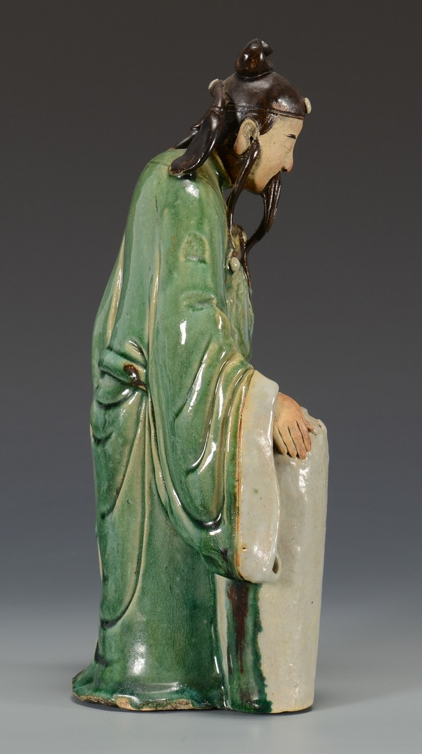 Lot 3594166: Chinese Pottery Scholar Figure