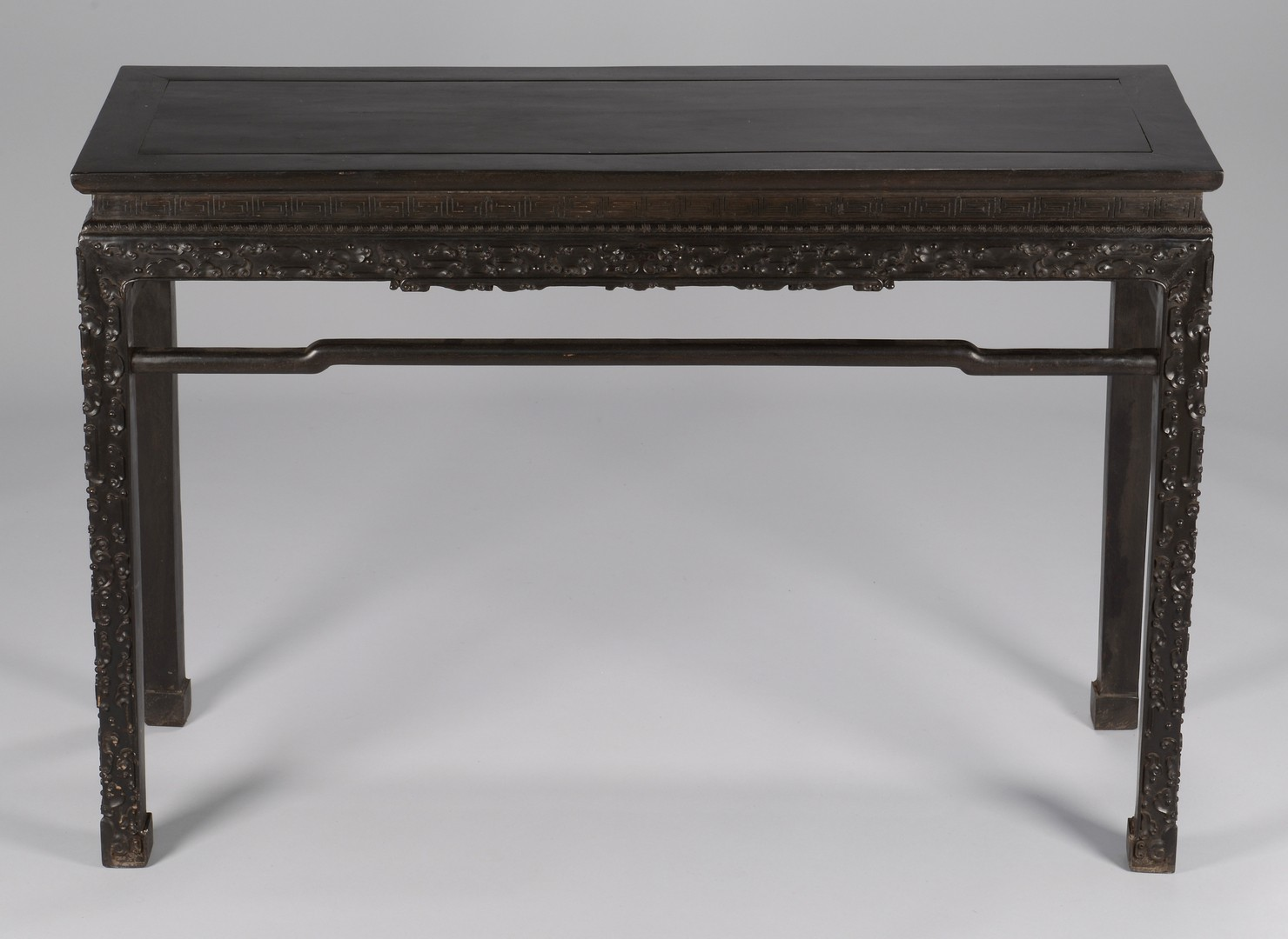 Lot 3594171: Chinese Hardwood Altar Table