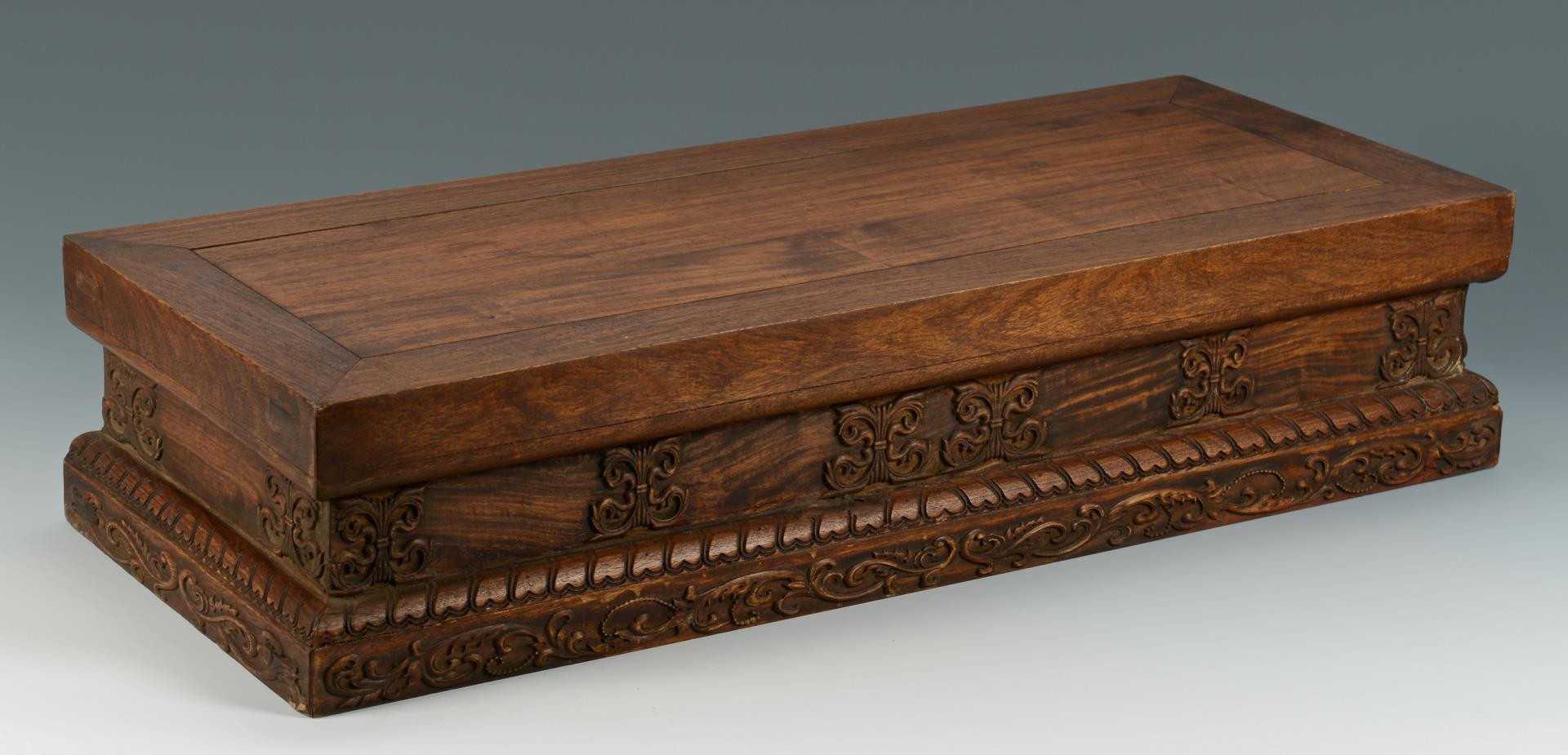 Lot 3594216: Chinese Hardwood Low Table