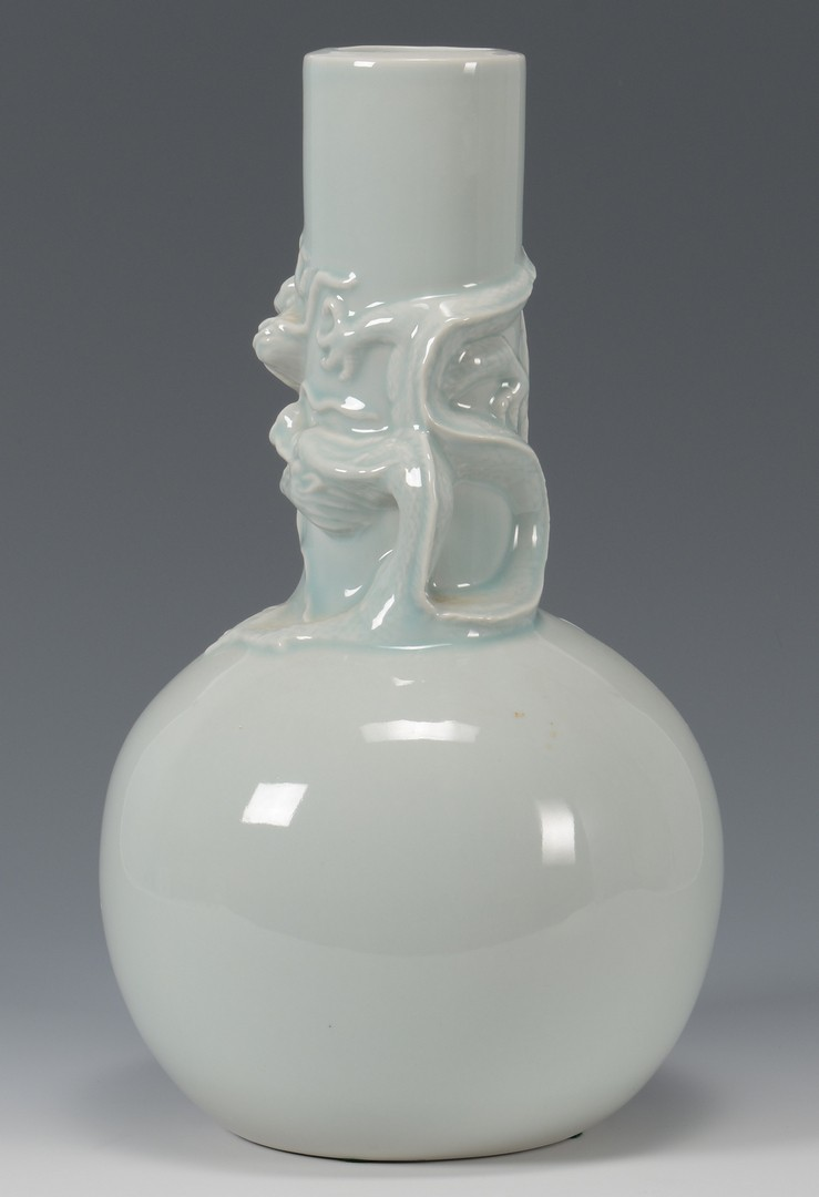 Lot 3594221: Chinese Monochrome Vase w/ Dragon