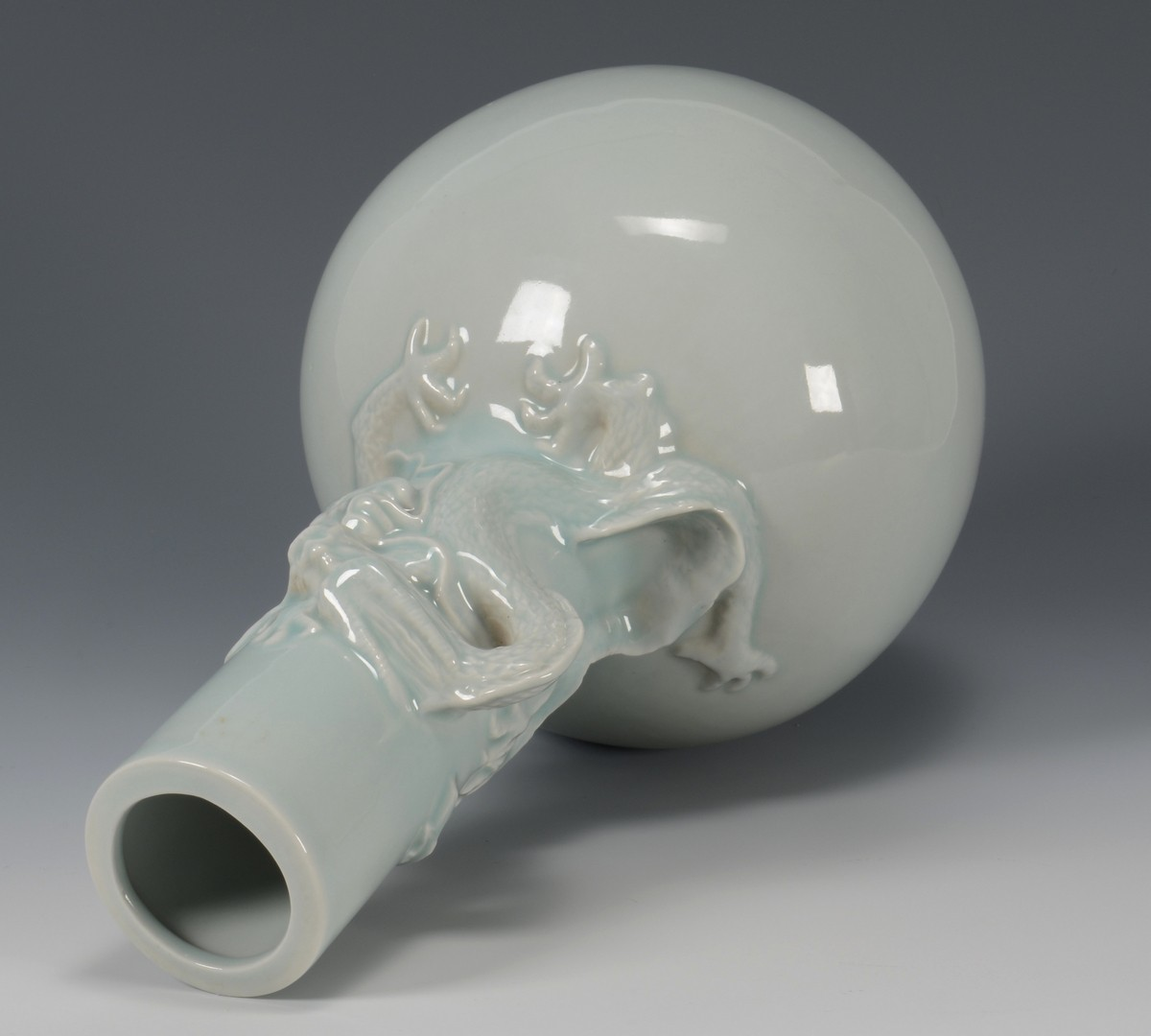 Lot 3594221: Chinese Monochrome Vase w/ Dragon