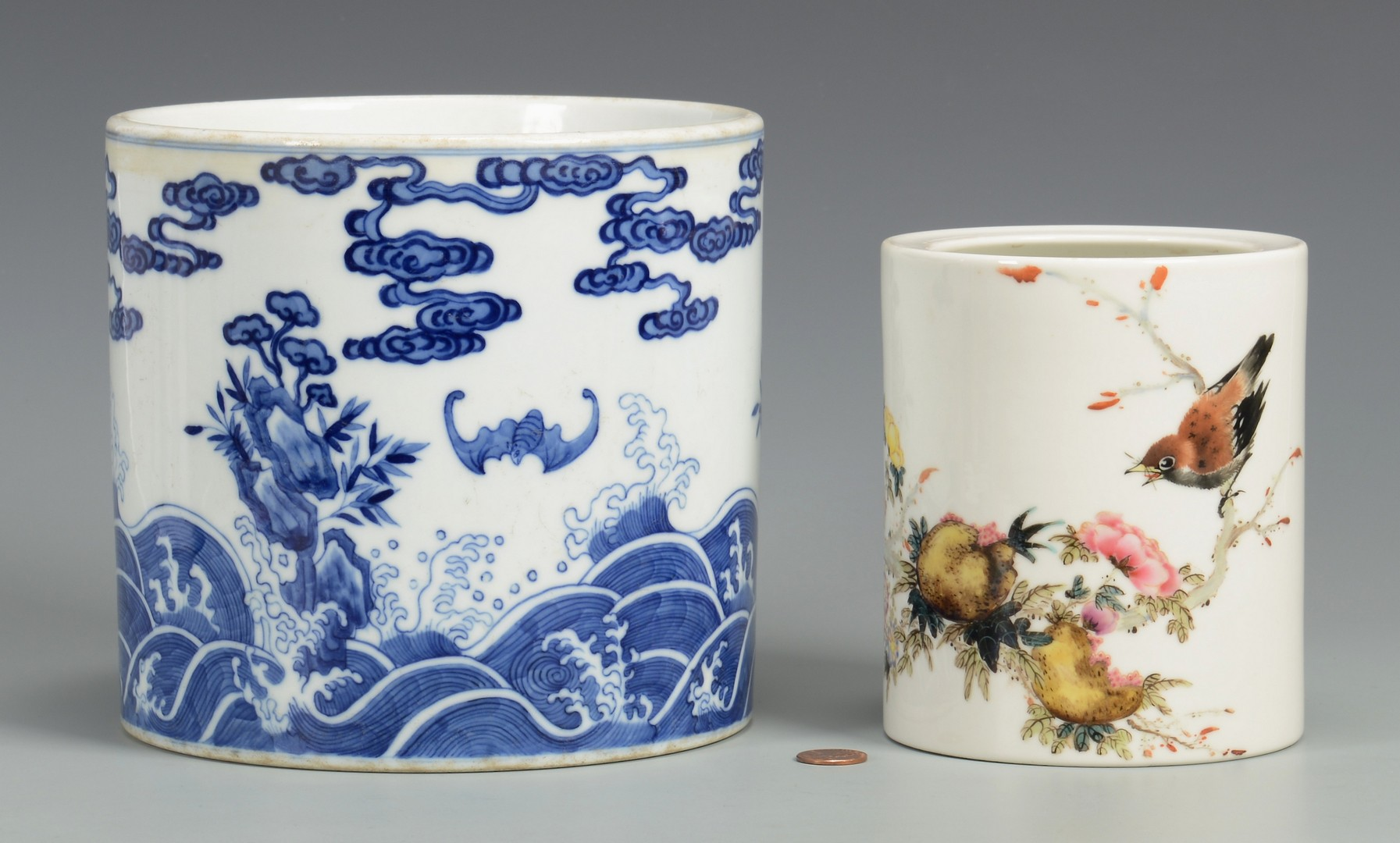 Lot 3594238: 2 Chinese Porcelain Brush Pots