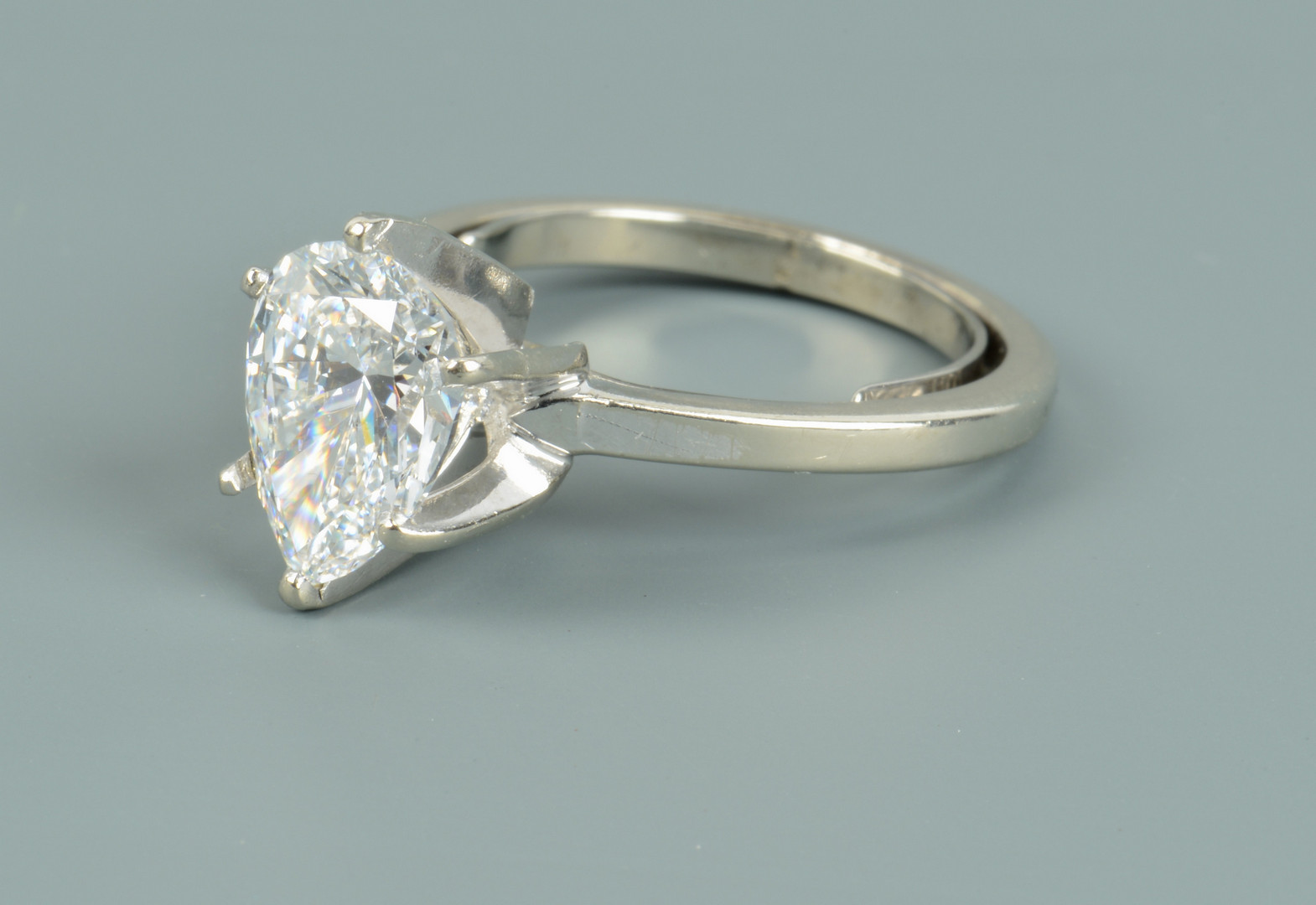 Lot 103: Pear-shaped D color diamond, GIA