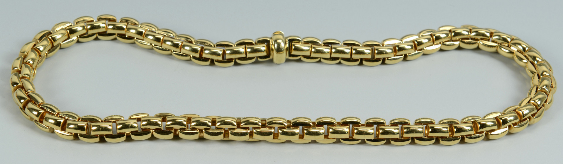 Lot 106: Fope 18k Gold Necklace, 67.7 grams
