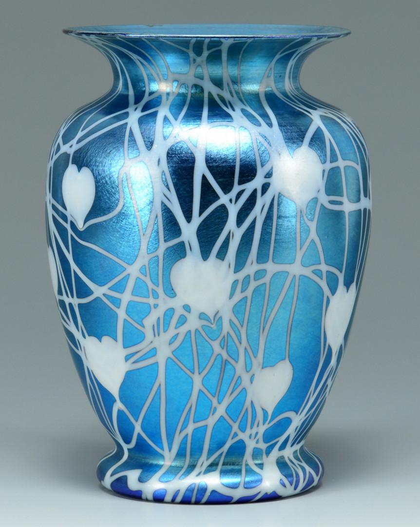 Lot 115: Durand Glass Hanging Heart Design Vase