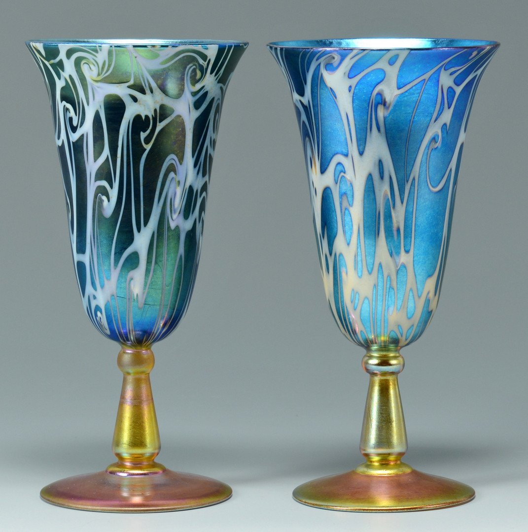 Lot 117: Pair Durand King Tut glass goblets
