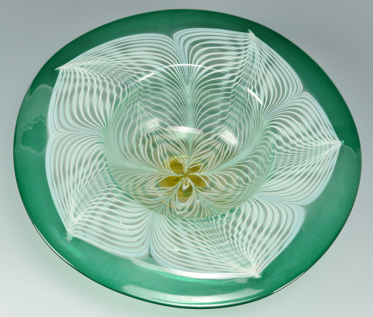 Lot 124: Large Durand Peacock Feather Compote