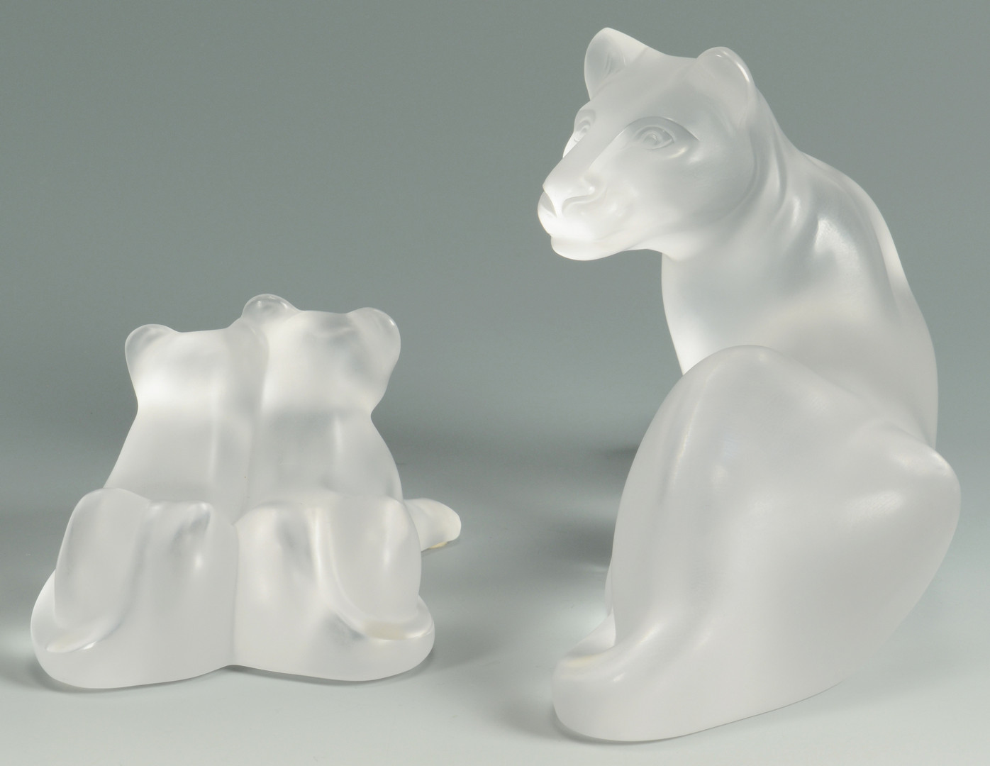 Lot 237: Lalique Crystal Figures, Lioness and Cubs