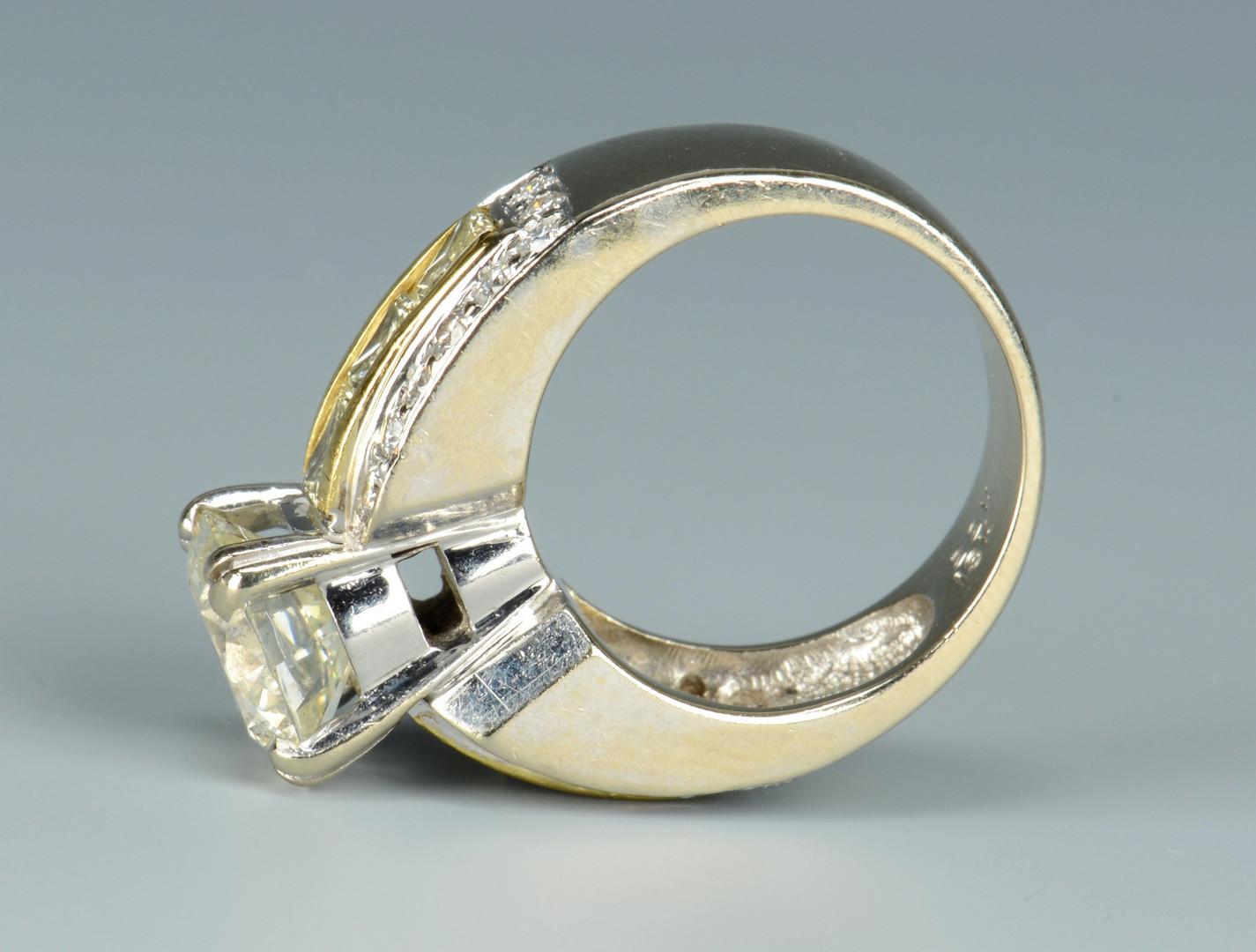 Lot 254: 3.08 ct Diamond Ring