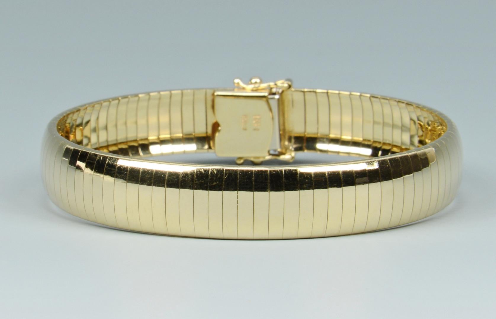 Lot 264: Italian 14k Omega Bracelet