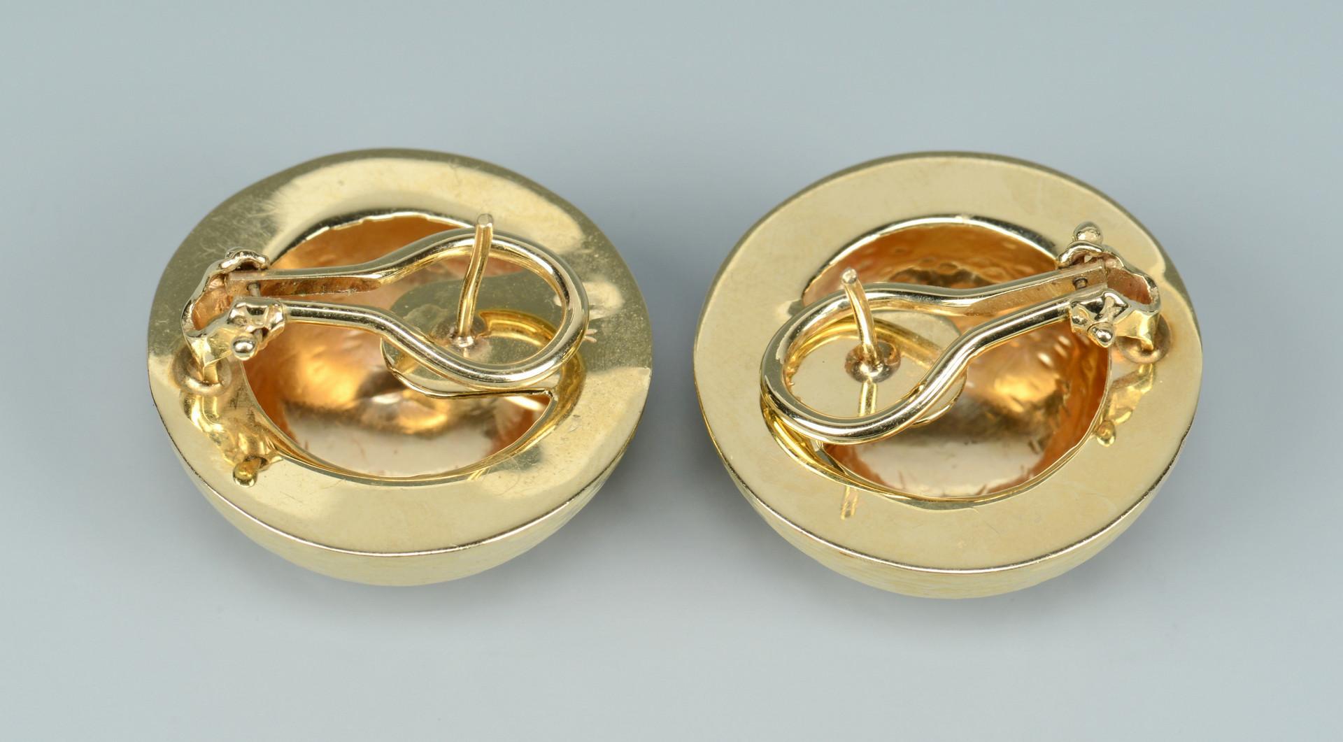 Lot 267: Three Pair 14k Earrings