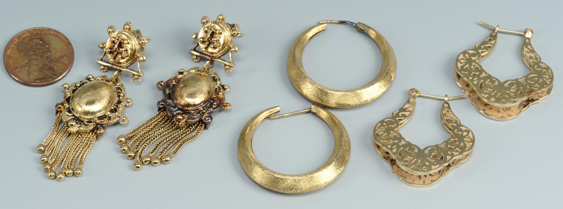 Lot 268: Three Pair 14k Earrings
