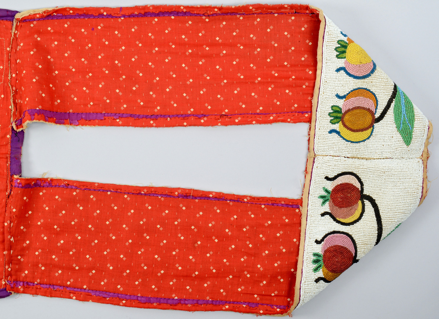 Lot 318: Chippewa Bandolier Bag, Upper Sioux, MN