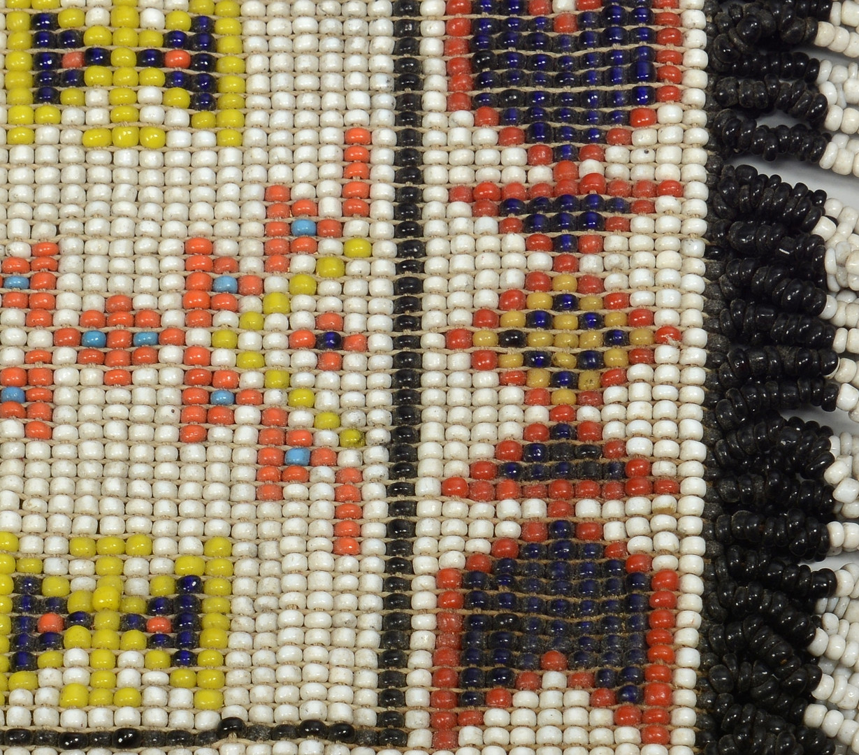 Lot 322: Grouping Plains Indian Beaded Items