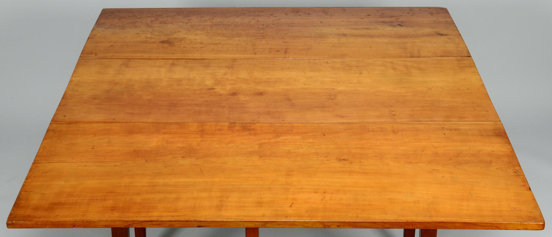 Lot 391: TN Hepplewhite Drop Leaf Table