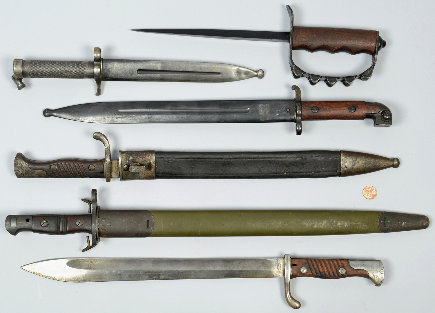 Lot 407: WWI Assorted Bayonets & Trench Knife