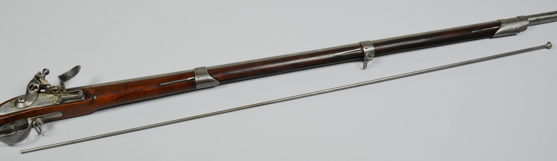 Lot 415: U. S. contract Model 1812 flintlock musket