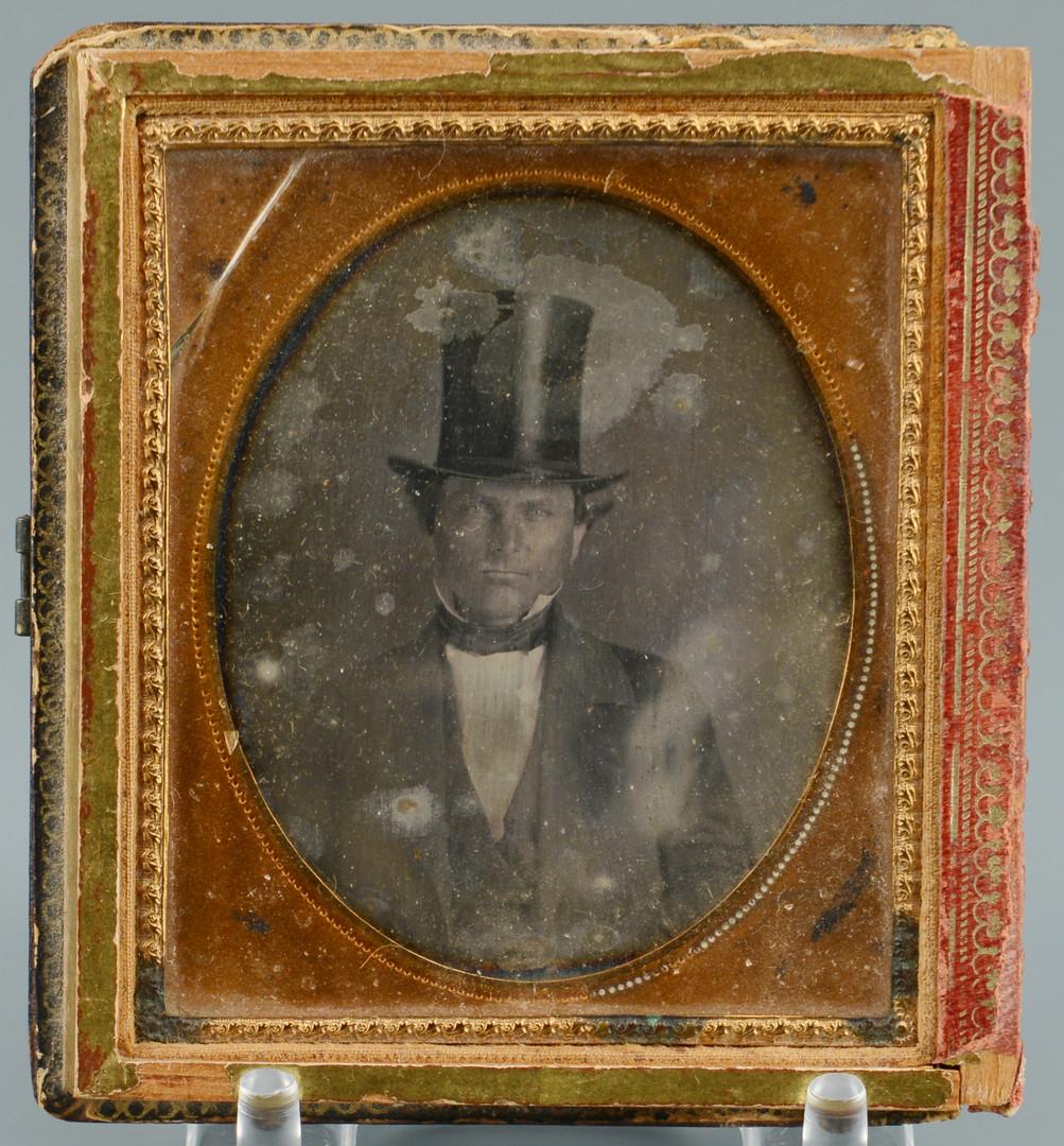 Lot 429: 5 Civil War Era Tintypes & Daguerreotype Locket