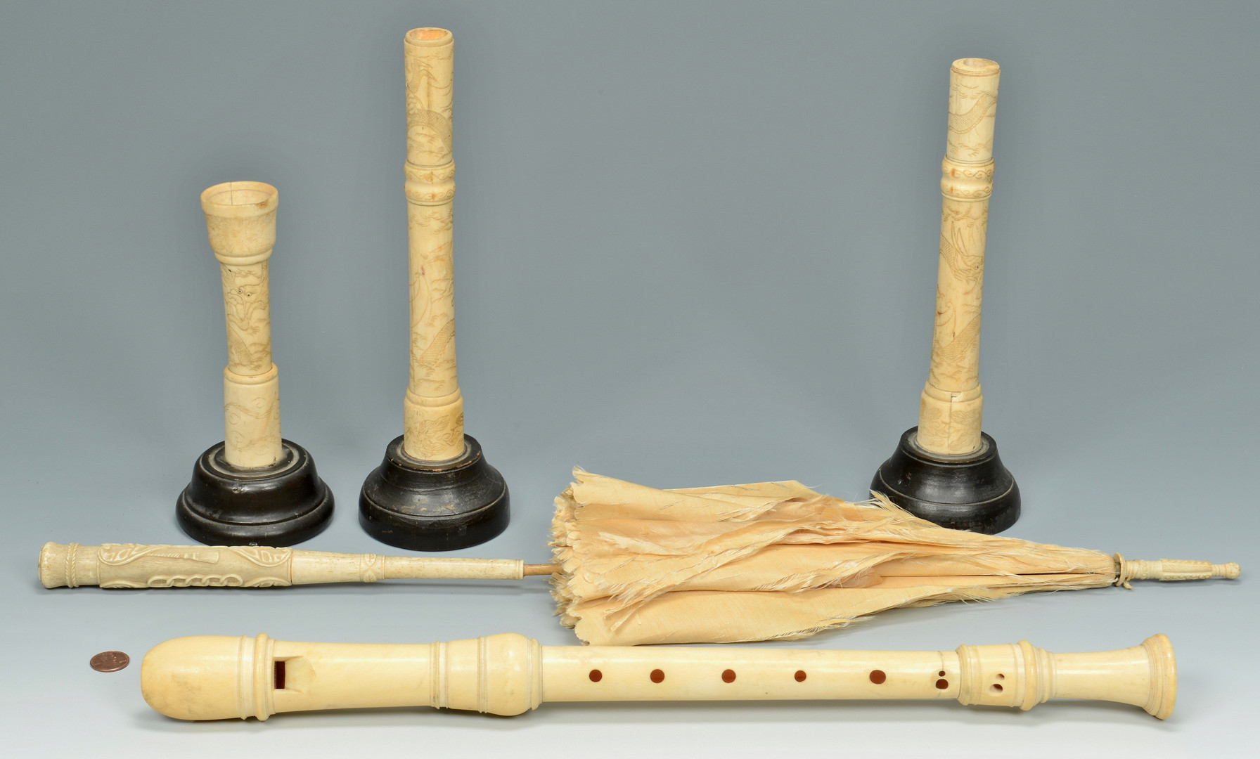 Lot 487: 5 Decorative Ivory Items