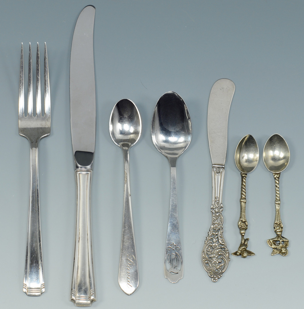 Lot 520: 8 pcs Flatware & Tiffany Pen Tray