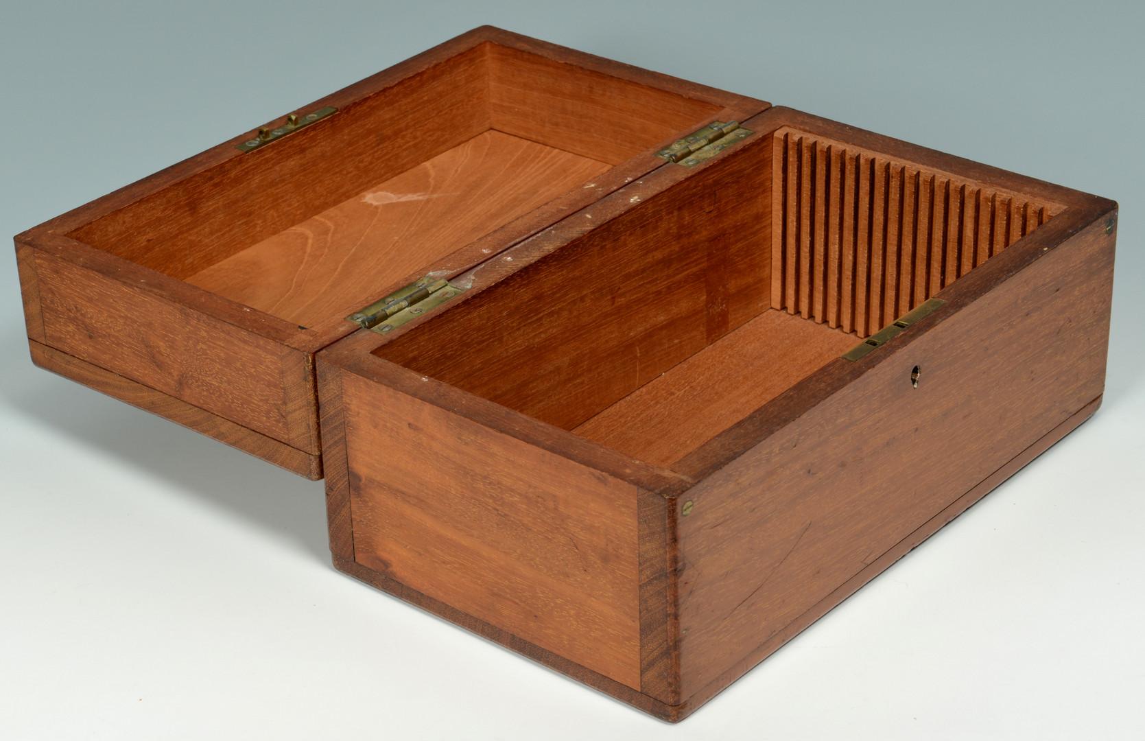 Lot 531: 7 Decorative items: boxes, candlesticks & sconce