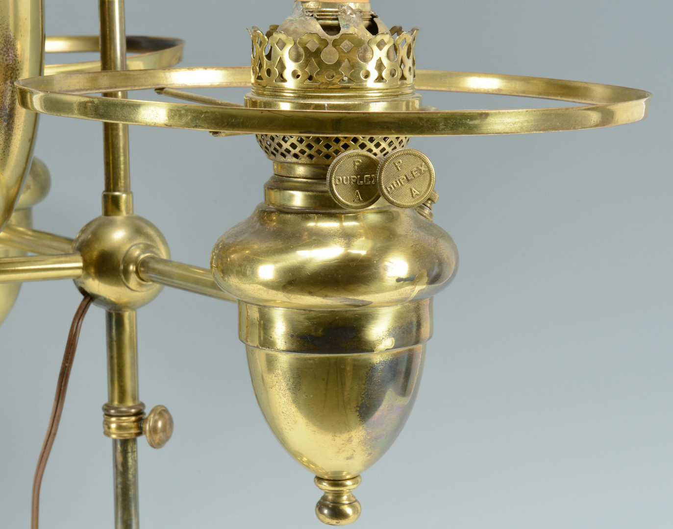 Lot 550: Victorian Double Student Lamp