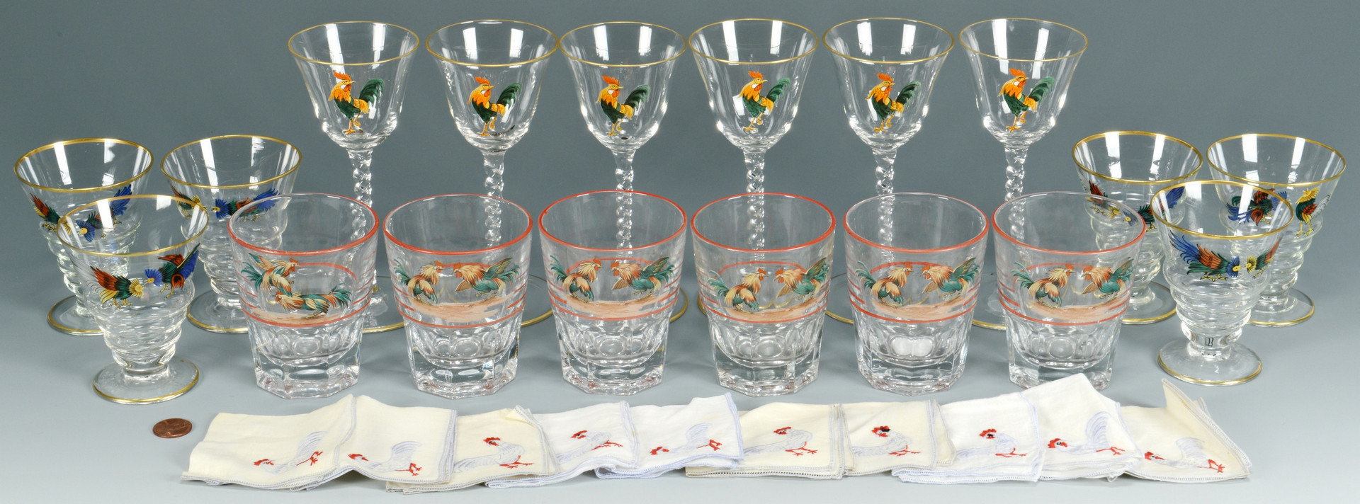 Lot 553: 18 pcs Dorflinger Rooster Glassware plus 10 napkin