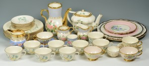 Lot 560: Large group Cumbow China, 42 items