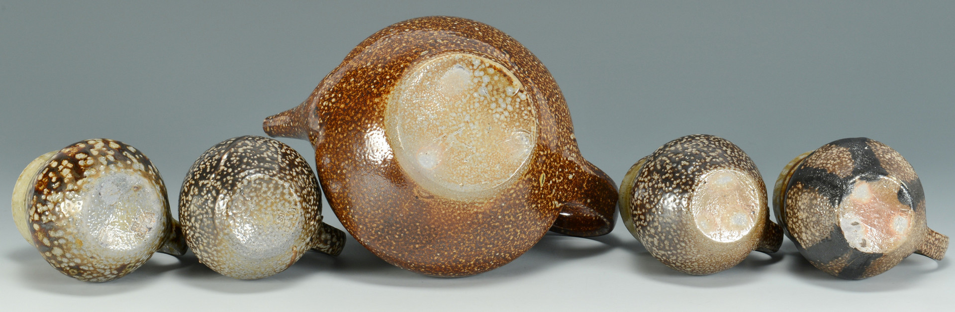 Lot 572: Grouping 6 Mark Hewitt Pottery Items