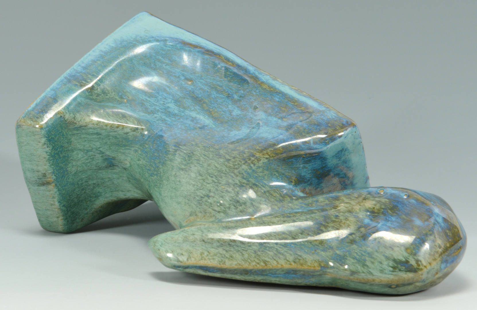 Lot 575: Shearwater Pottery Cast Pelican Bookend